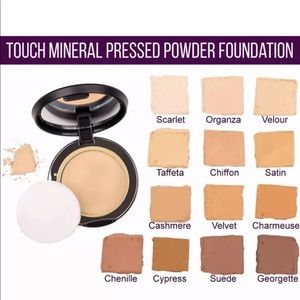 TOUCH MINERAL pressed powder foundation- Organza